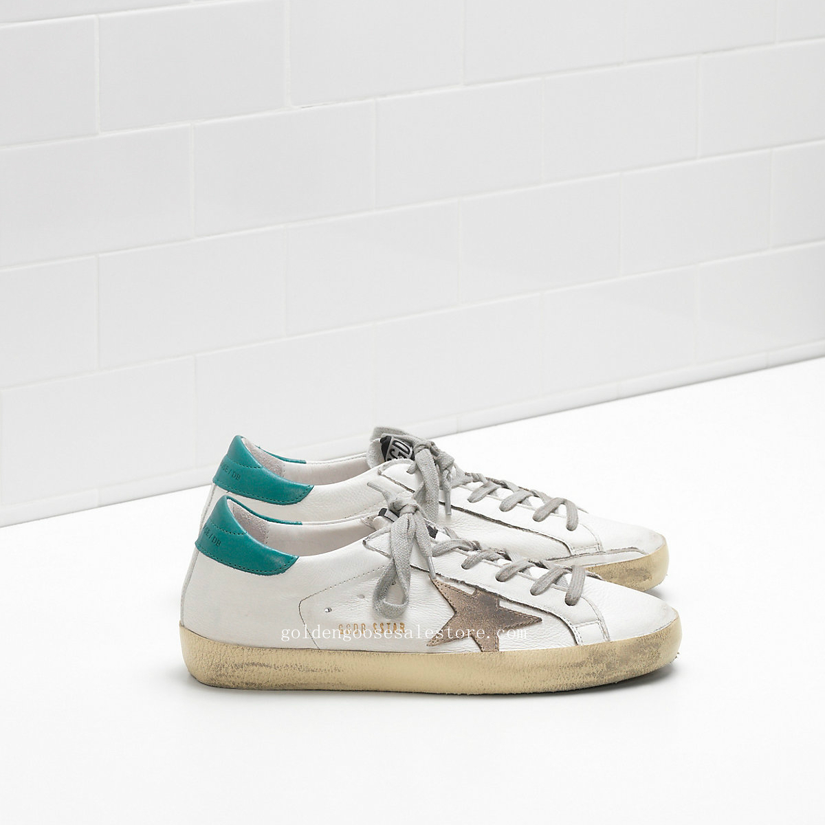 Golden Goose Deluxe Brand Super Star Sneakers In Calf Leather With Suede Star G30WS590B33
