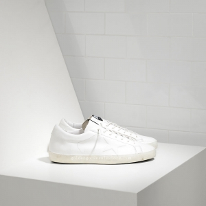 Golden Goose Deluxe Brand Super Star Sneakers In Leather With Star In Relief G29MS602A1